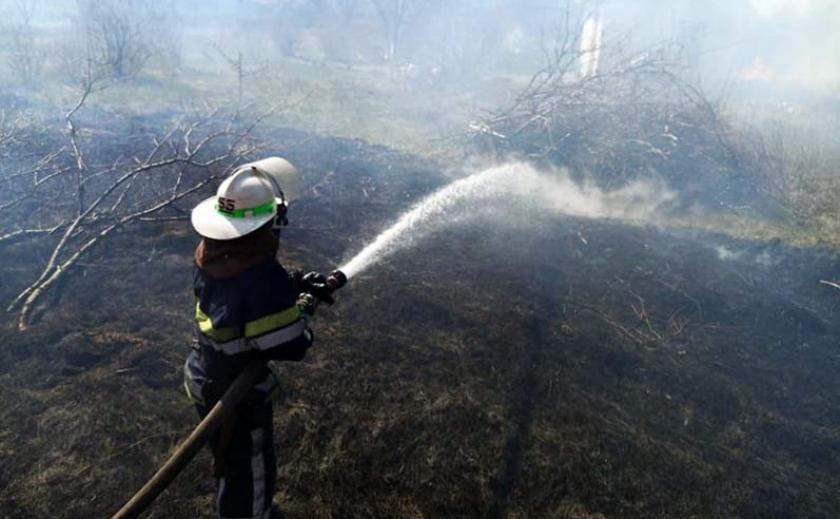 На Днепропетровщине за одни сутки сгорели более двух десятков участков