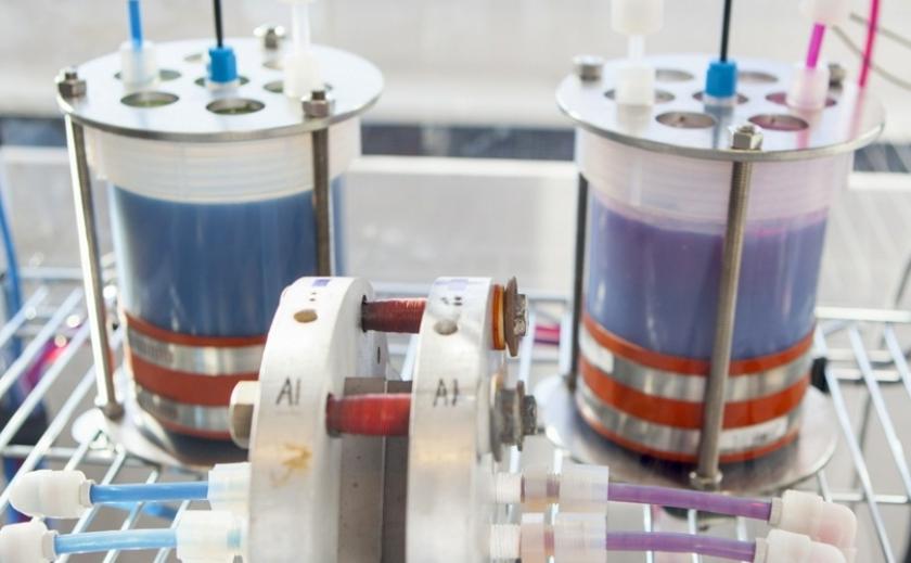 Шведы изобрели сверхскоростной аккумулятор из хинонов