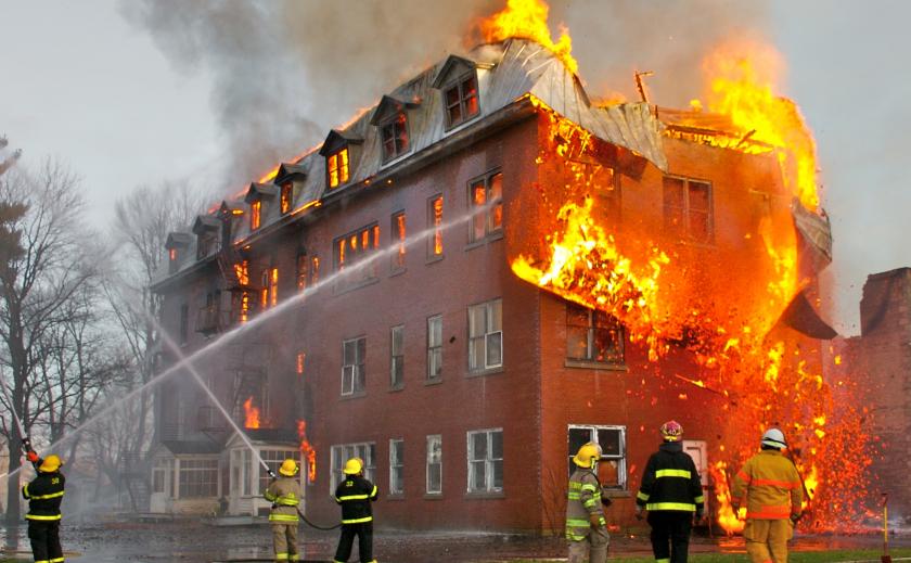 На Днепропетровщине заживо сгорел мужчина