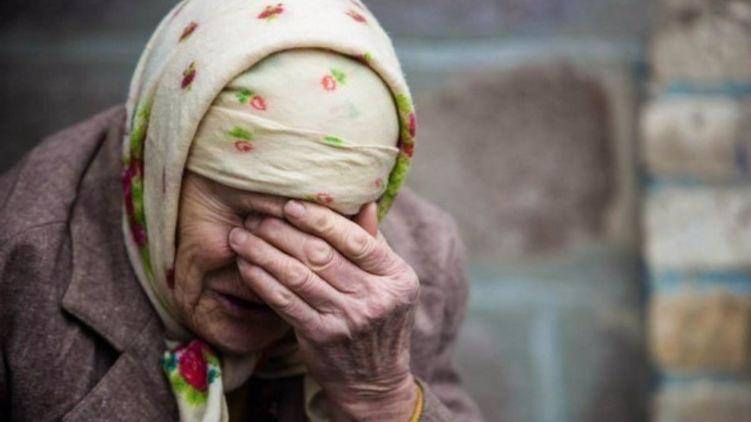На Днепропетровщине липовая почтальонша рассказывала пенсионерам байки о новых деньгах