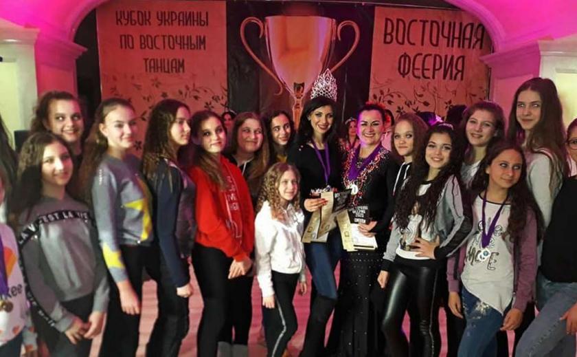 Никопольские танцовщицы завоевали более ста призовых мест ФОТО