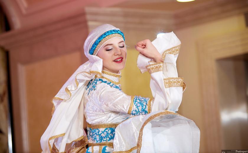 В Днепре устроили феерию восточных танцев ФОТО
