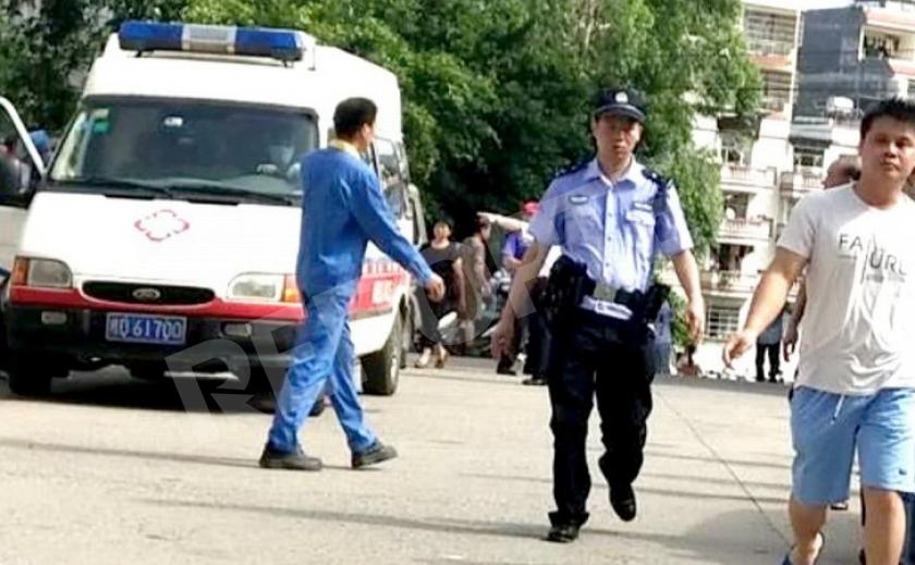 Охранник китайской школы с ножом устроил бойню: пострадали 30 человек!