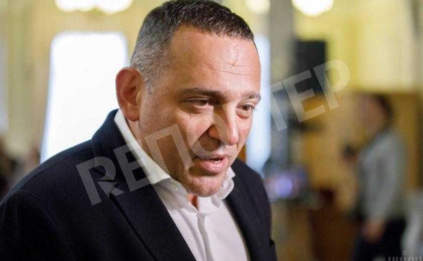 Максим Бужанский заявил, что пойдет на выборы только с согласия партии