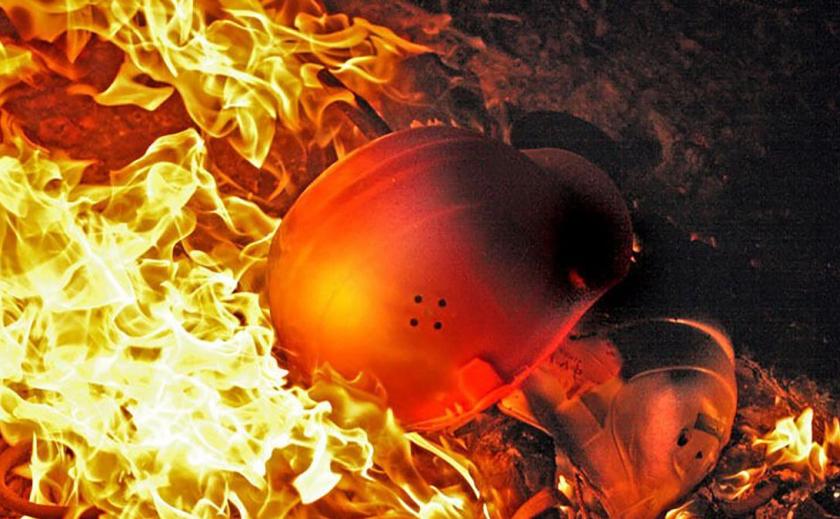 На Днепропетровщине 12 спасателей тушили пожар на шахте