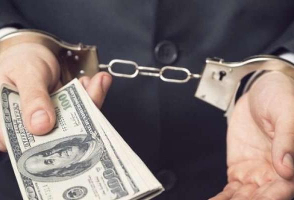 В Днепре задержан чиновник, предлагавший оформить участок за 500 вечнозеленых ФОТО