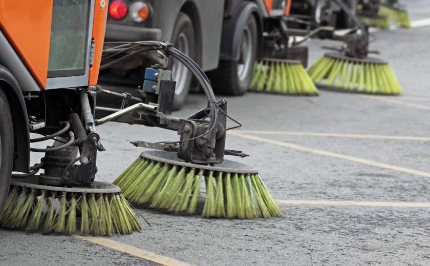 В Каменском уборка улиц обошлась в 20 миллионов
